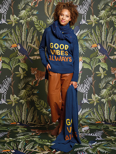 "Sweater ""Good Vibes Always"", Shawl ""Good Vibes Always"","